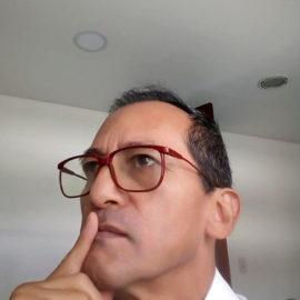 Dr. Hugo Zapata Arenas
